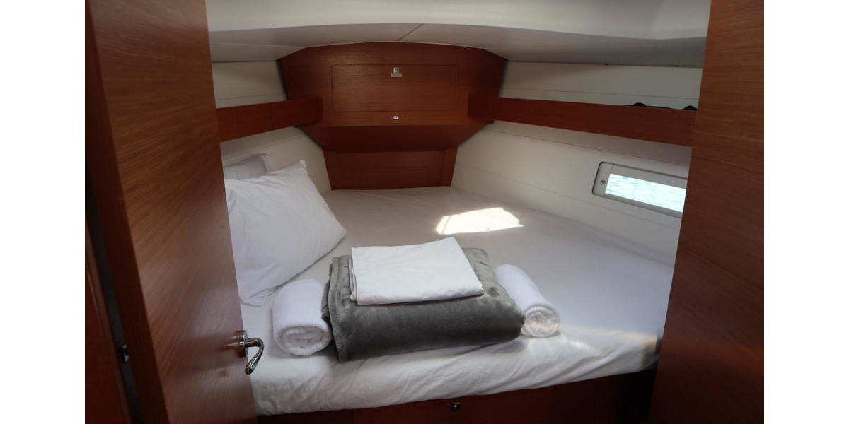 Xl 1200 taonga front cabin