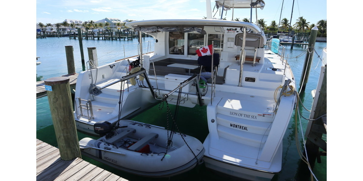 Xl 1200 lion of the sea transom