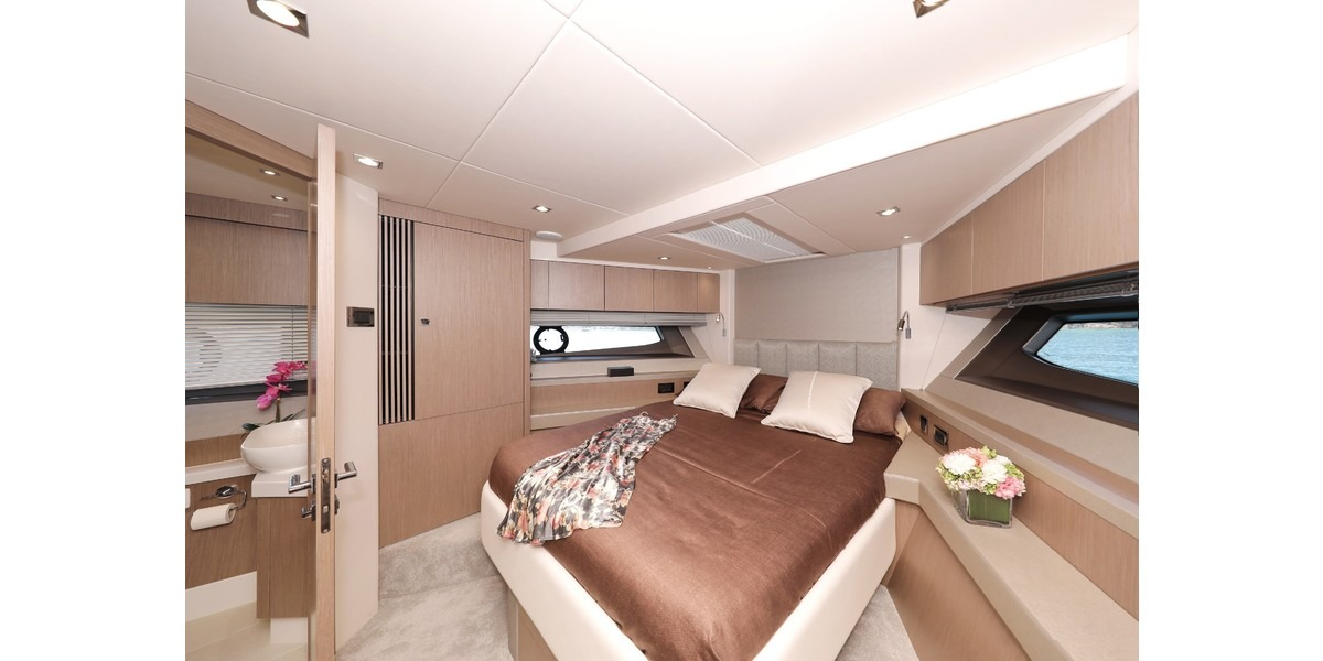Xl 1200 cico forward cabin with bathroom