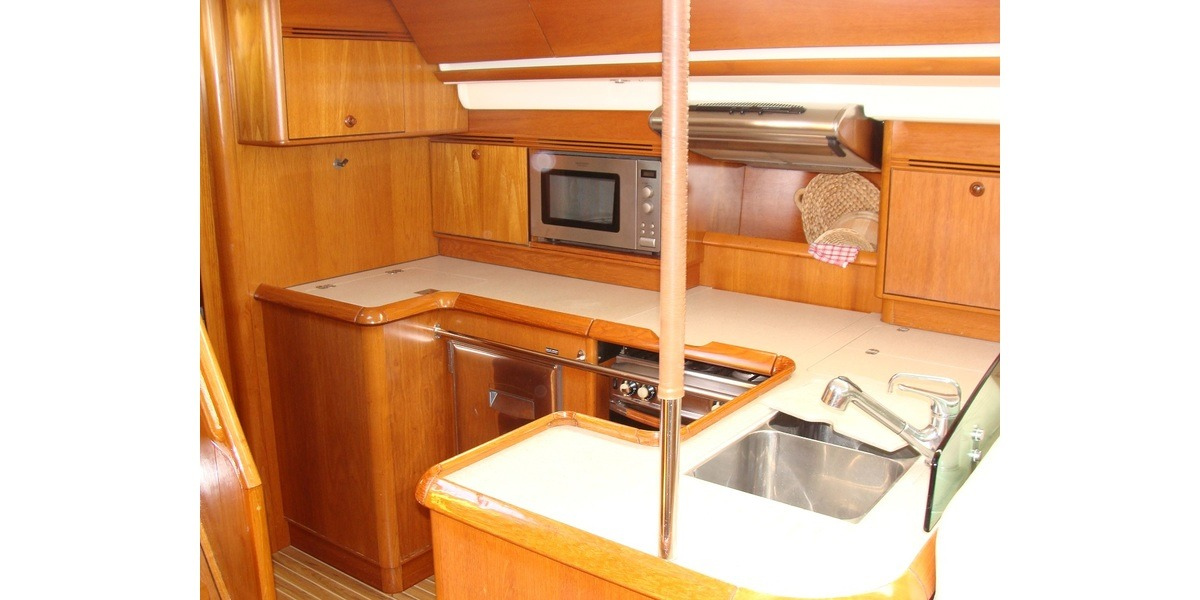 Xl 1200 44.galley