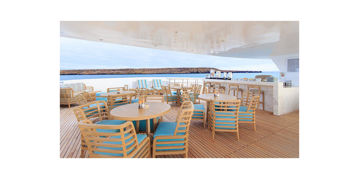 Xl 1200 endemic yacht outdoor dining