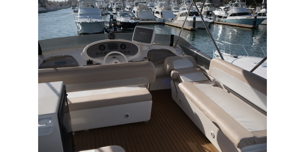 Xl 1200 capriccio flybridge03