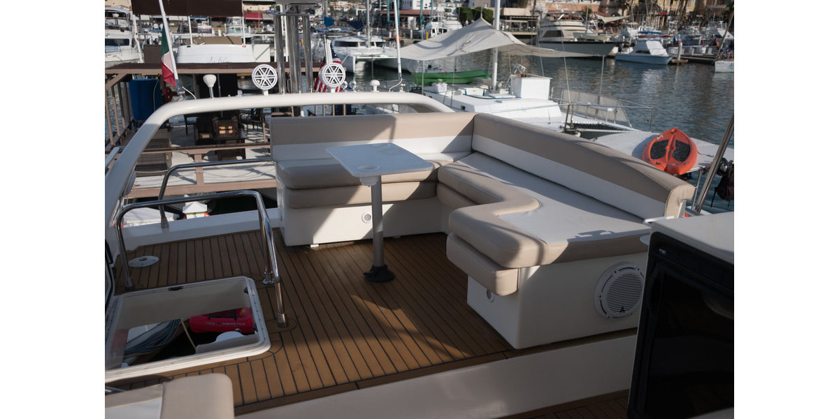 Xl 1200 capriccio flybridge05