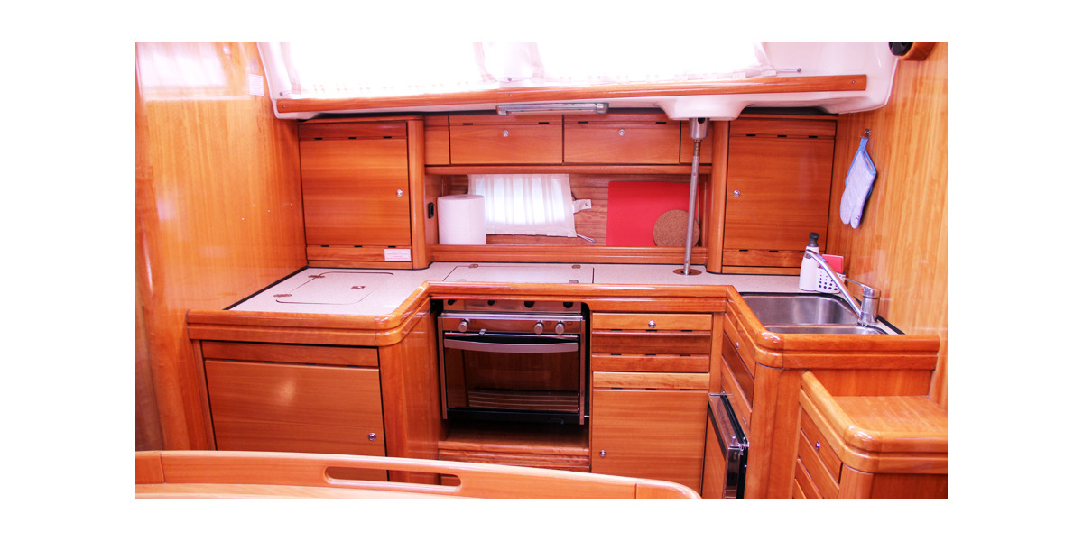 Xl 1200 sea perk bavaria 46  kitchen