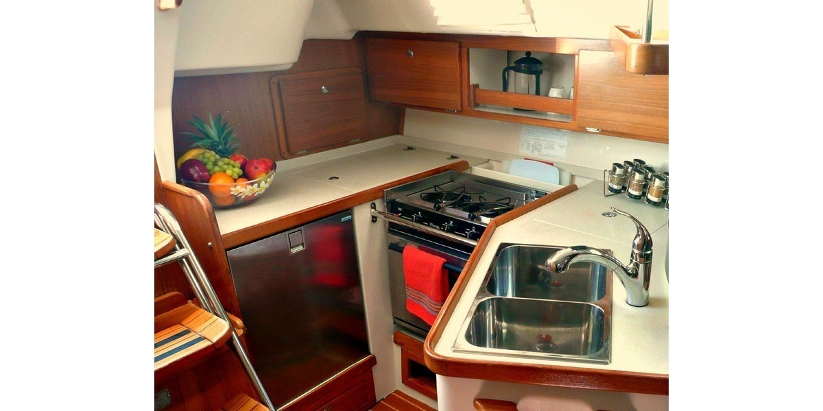 Xl 1200 rockstar catalina 32 kitchen