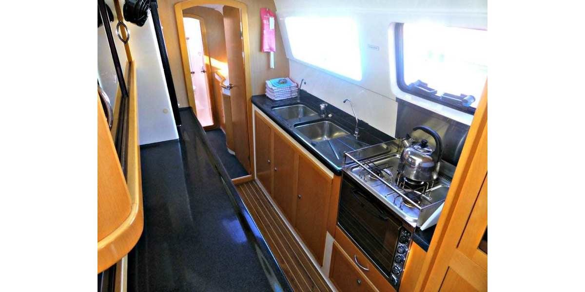 Xl 1200 galley 3 1024x768