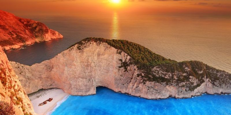 Md 800 navagio sunset