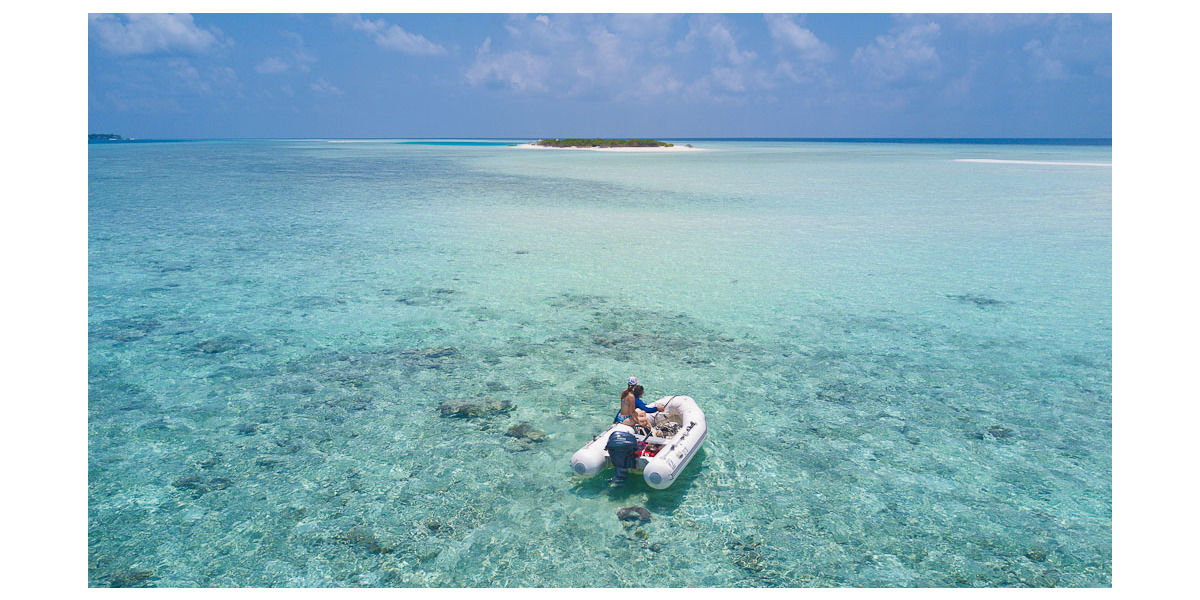 Xl 1200 exploring the atolls via the tender elysia luxury yacht charters maldives